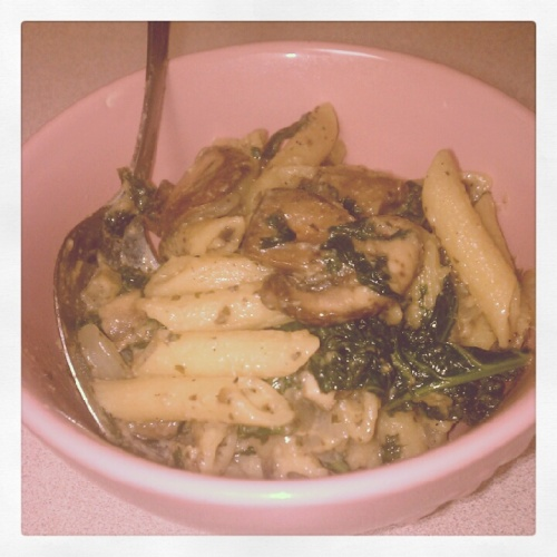 Garlic-y Pasta in a Mushroom White Wine Sauce w/ Artichokes and Kale (I eat a lot of kale)